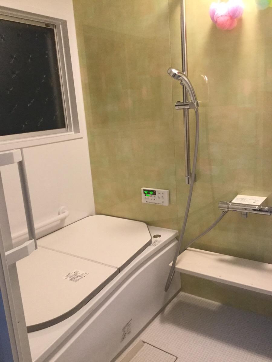 【浴室改修、洗面床貼替、白蟻防除、建具調整工事】 東海市 I様邸 2016年12月12日